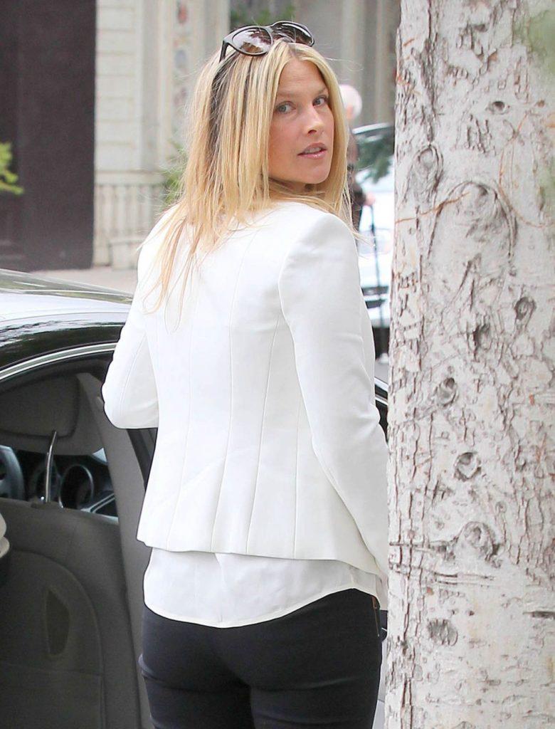 Ali Larter Backside Images