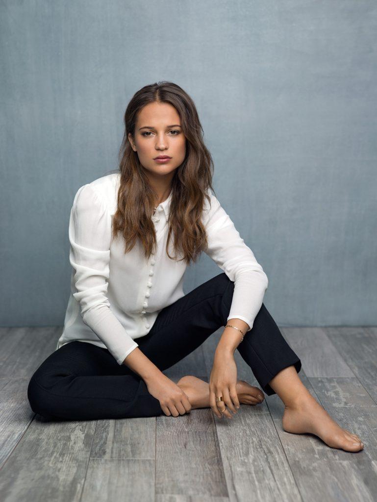 Alicia Vikander Jeans Pics