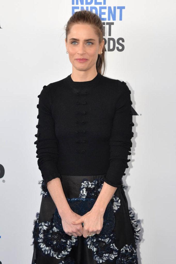 Amanda Peet New Hair Style Pics