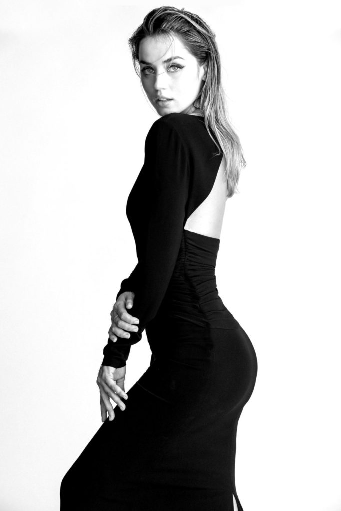 Ana de Armas Hot Butt Images