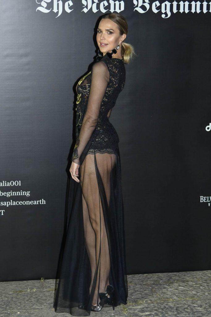 Arielle Kebbel Hot Butt Photos