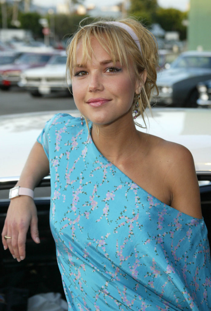 Arielle Kebbel Latest Hair Style Wallpapers
