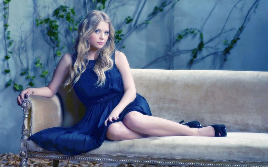 Ashley Benson Sexy Legs Photos