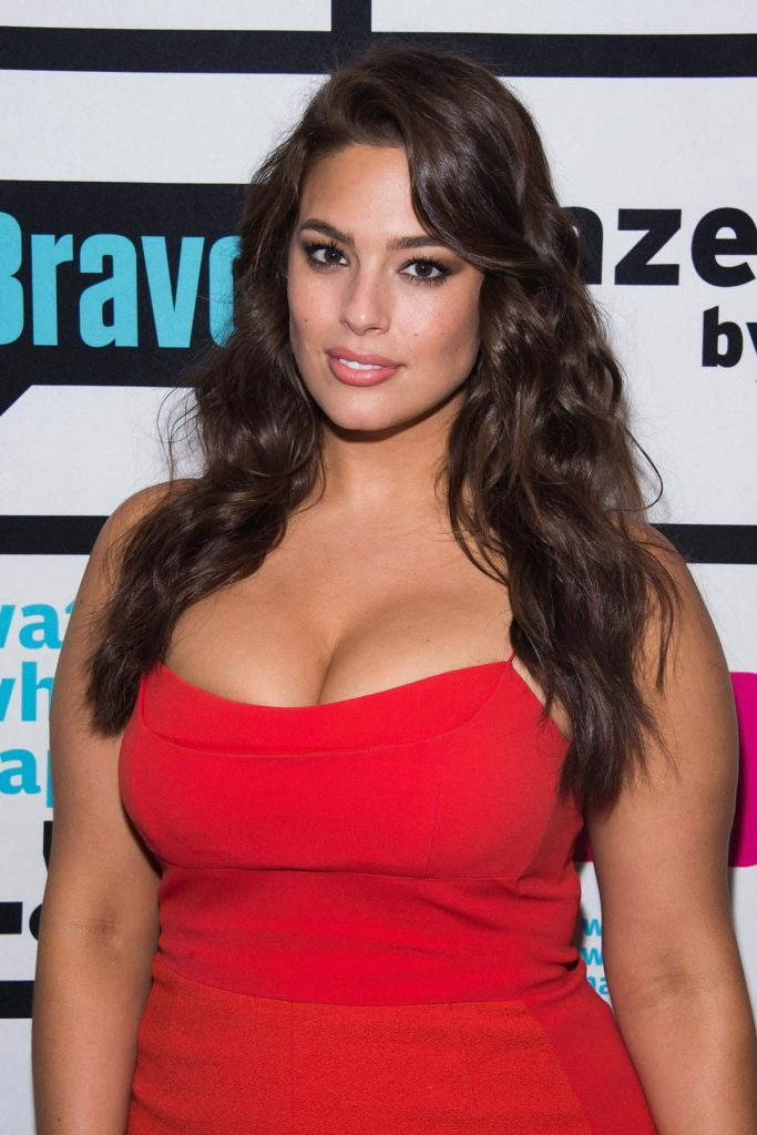 Ashley Graham Oops Moment Photos