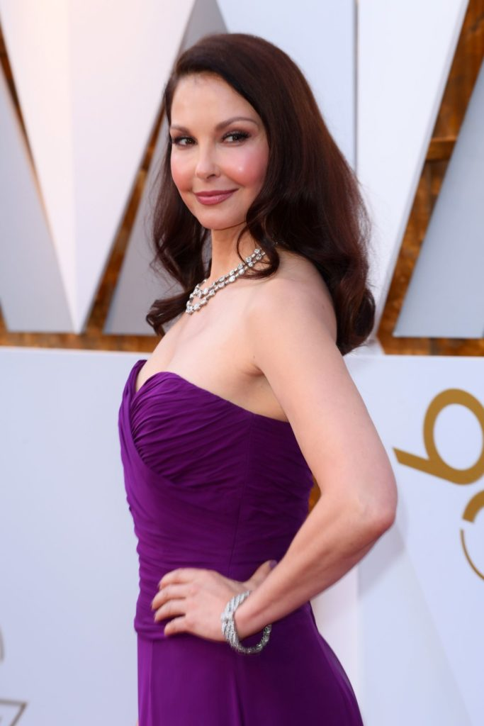 Ashley Judd Braless Images