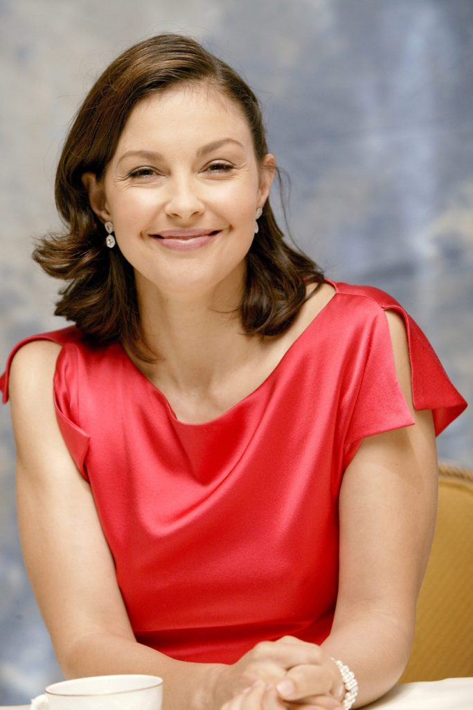 Ashley Judd Cute Wallpapers