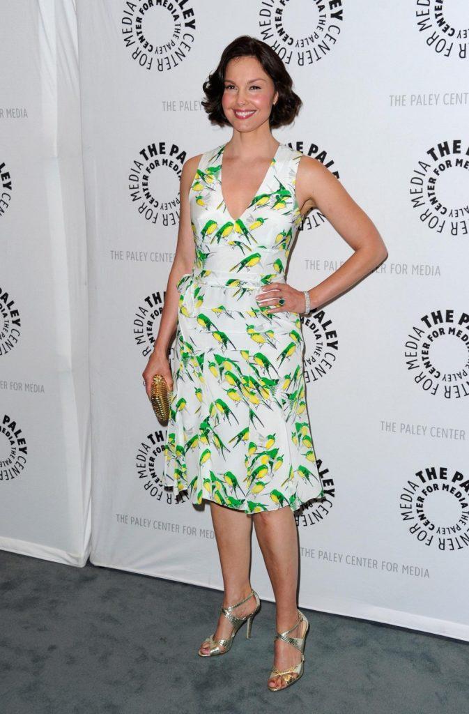 Ashley Judd In Shorts Dress Photos