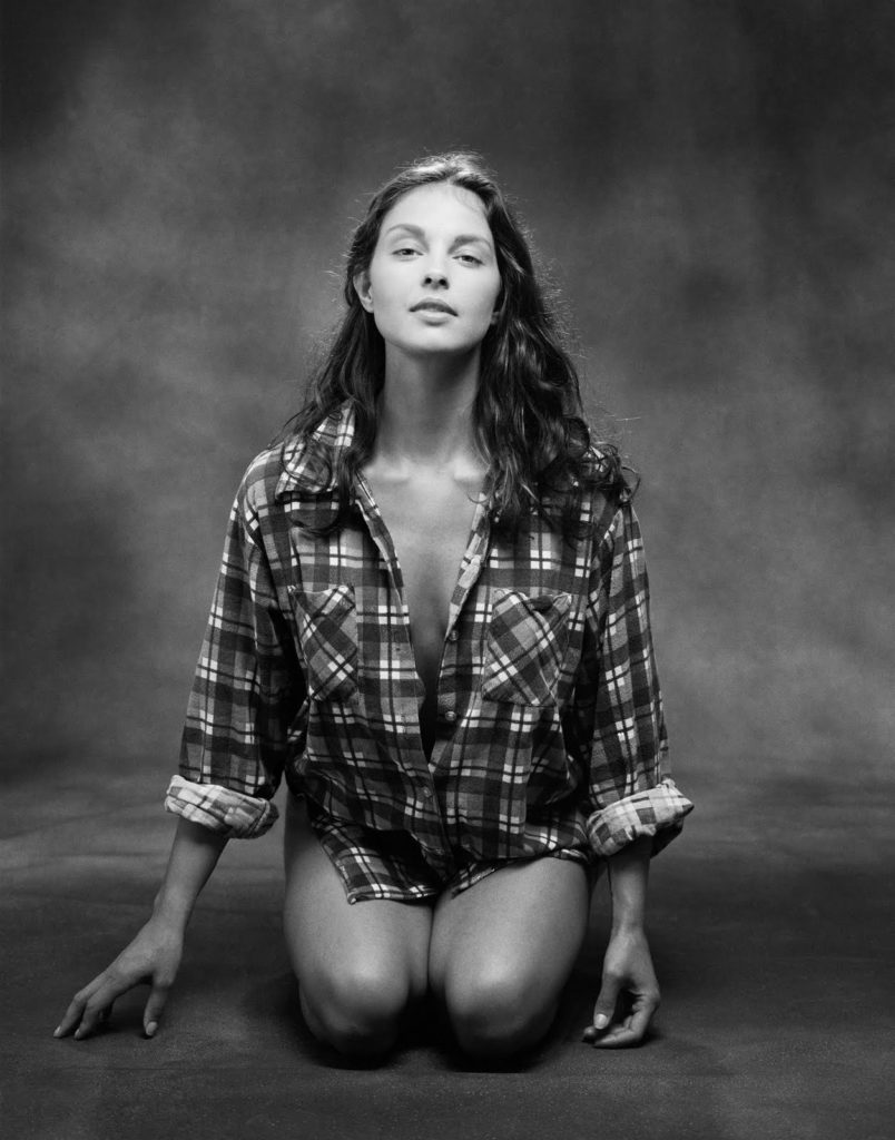 Ashley Judd In Swimsuit Photos