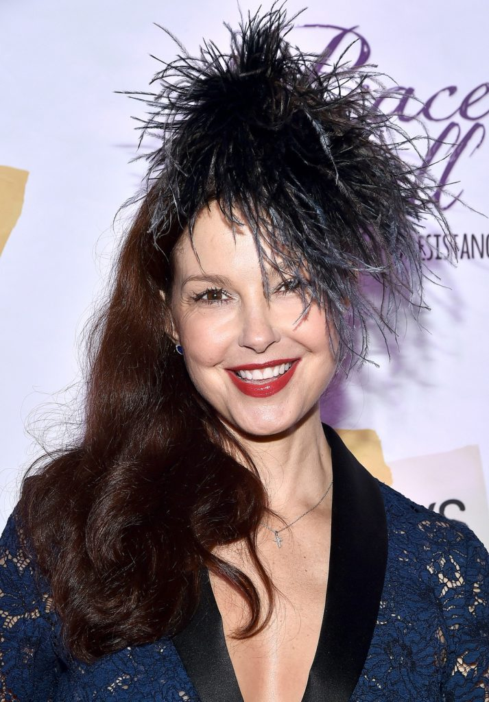 Ashley Judd Latest Hair Style Wallpapers