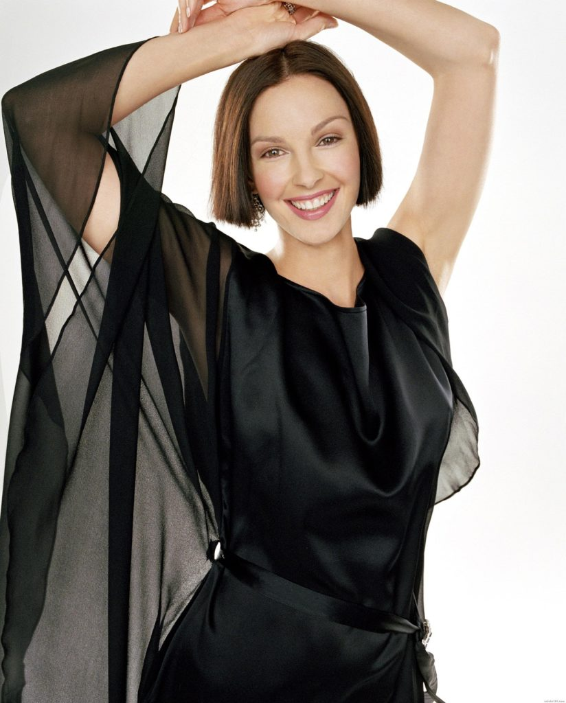 Ashley Judd Muscles Pics