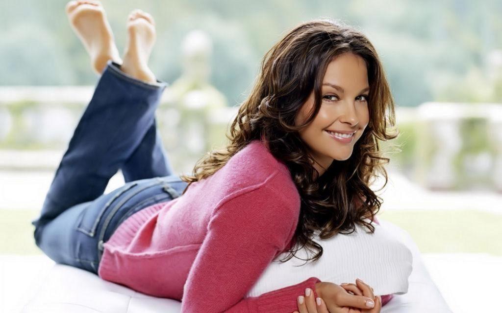 Ashley Judd New Leaked Photos