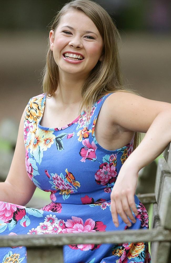 Bindi Irwin Smile Face Pics