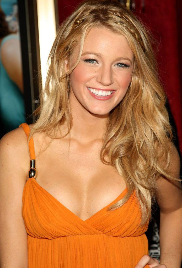 Blake Lively Topless Photos