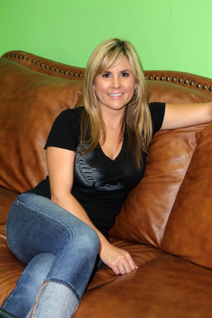 Brandi Passante Jeans Images