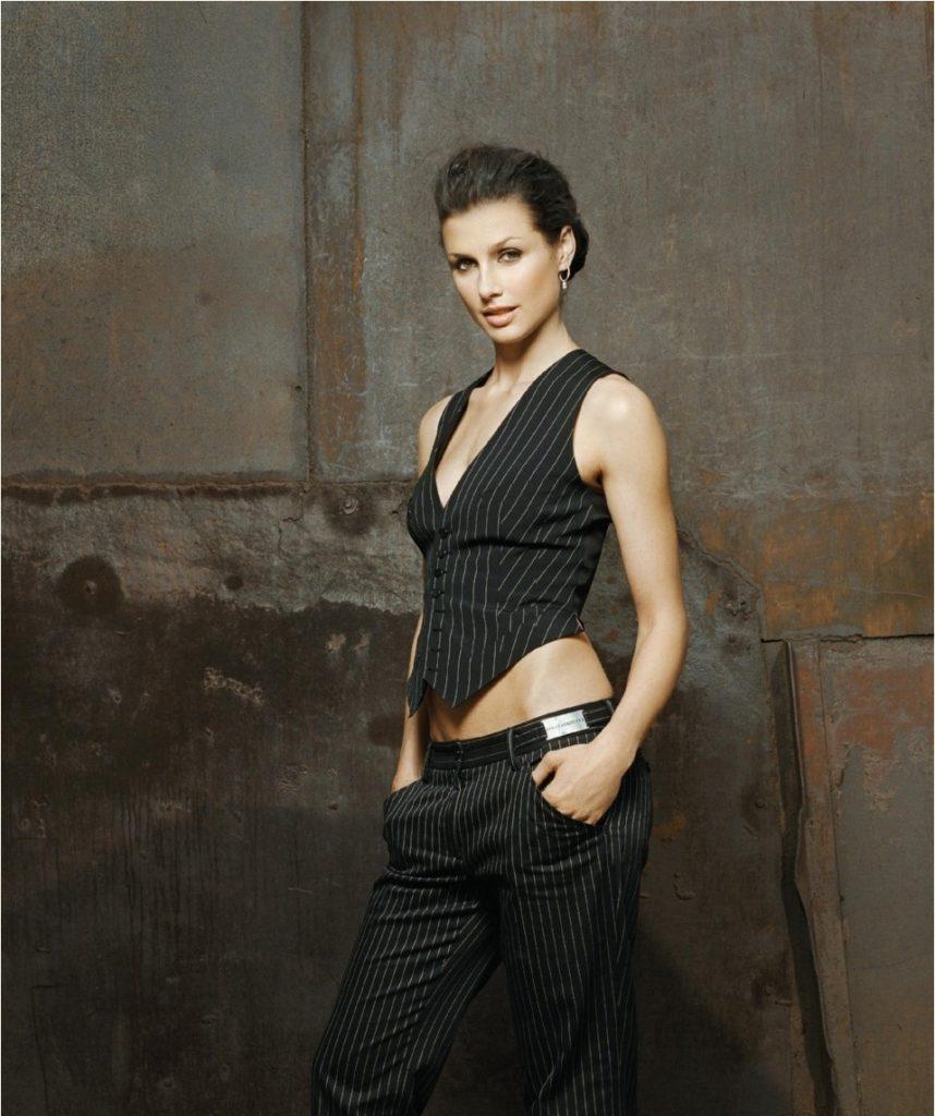 Bridget Moynahan Navel Pics
