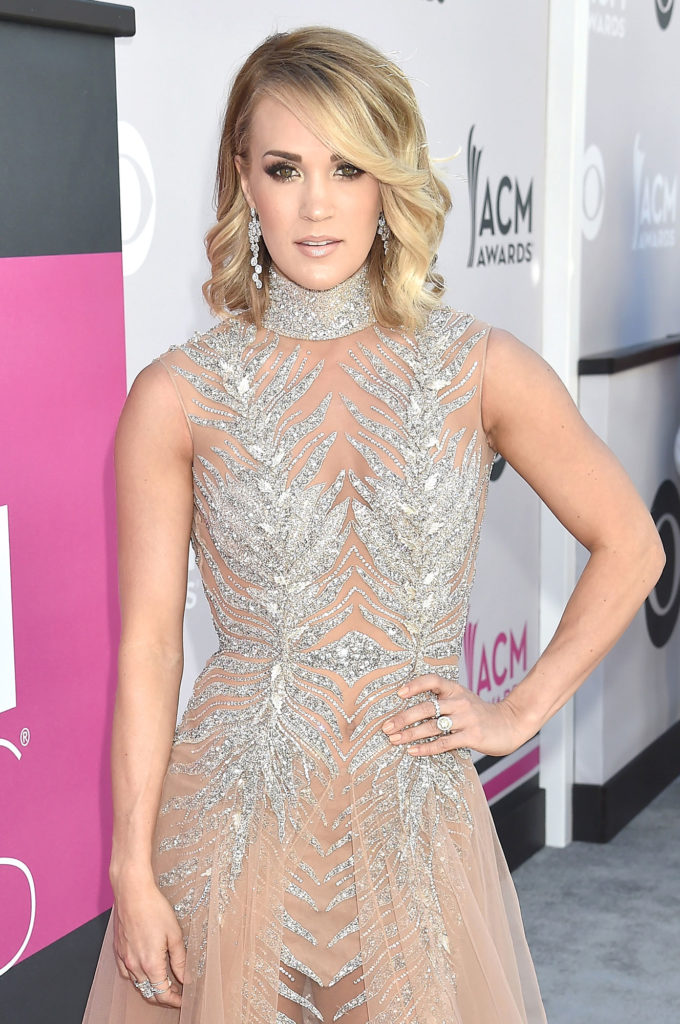 Carrie Underwood New Sexy Pics