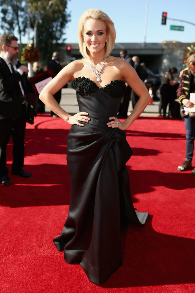 Carrie Underwood On Red Carpet Pictures