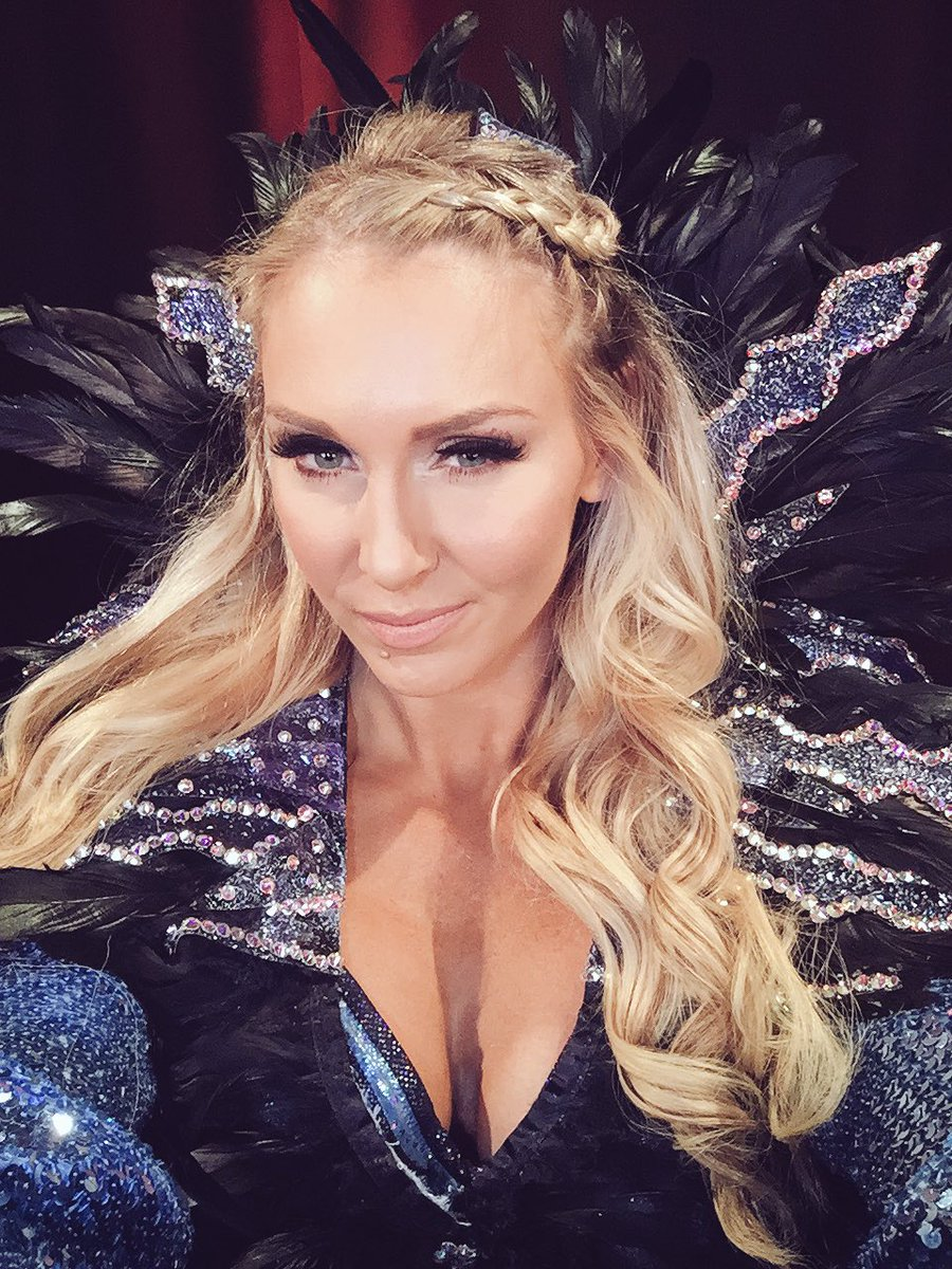 Charlotte Flair Hot Pictures Will Make You Go Crazy For