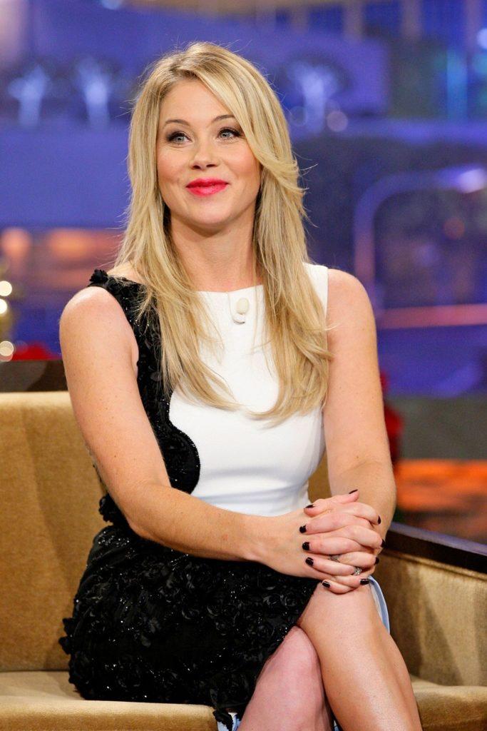 Christina Applegate Cute Face Pics