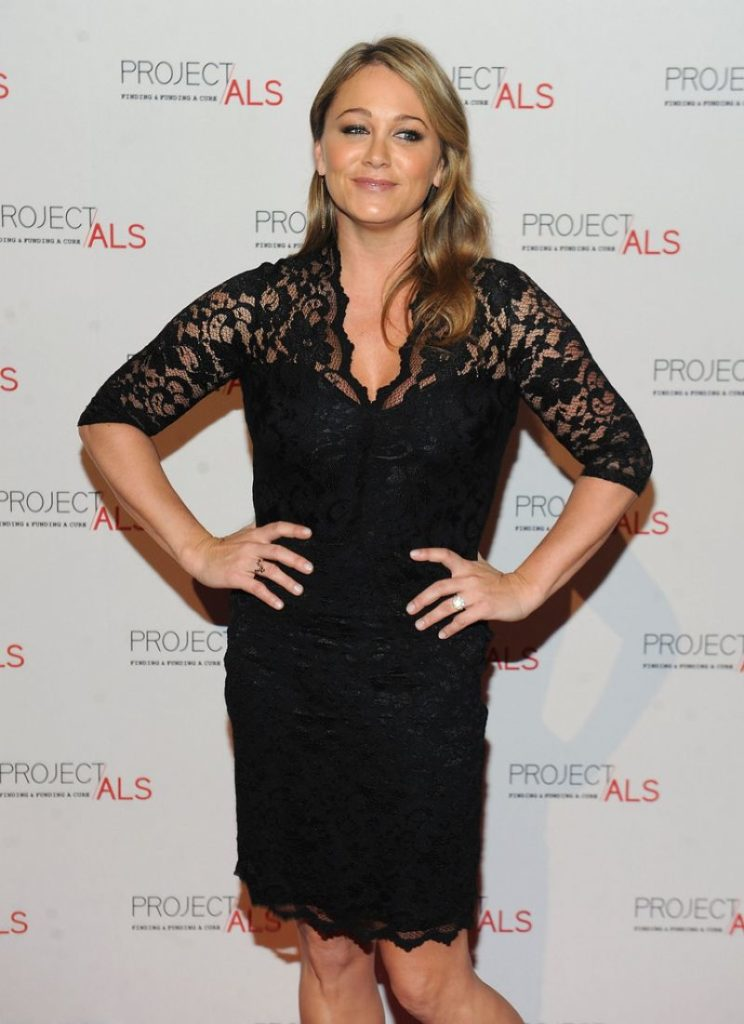 Christine Taylor Shorts Images