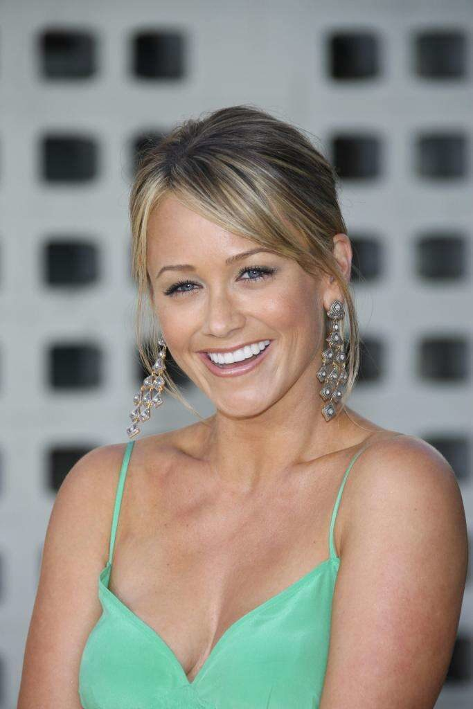 Christine Taylor Topless Pictures