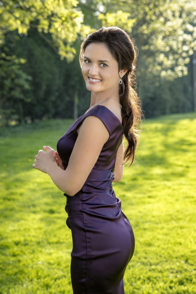 Danica McKellar Sexy Photoshoot