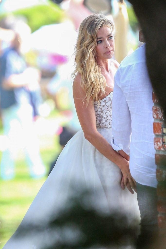 Denise Richards Bride Look Pics