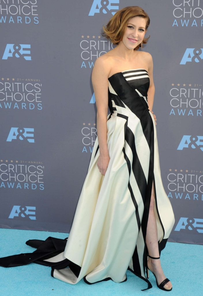 Eden Sher In Sexy Gown Images