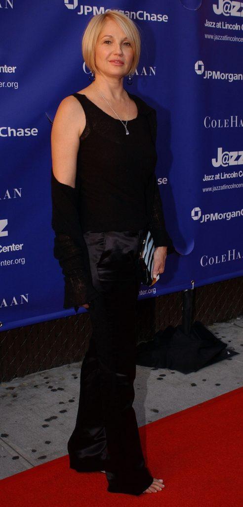 Ellen Barkin In Gown Wallpapers