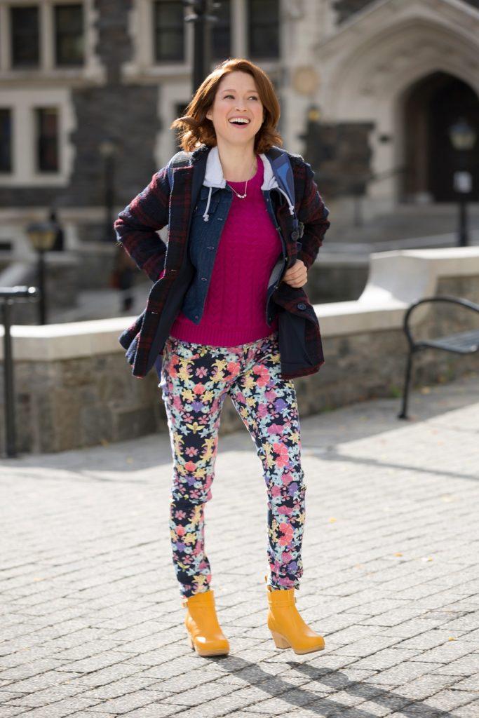 Ellie Kemper Leggings Wallpapers