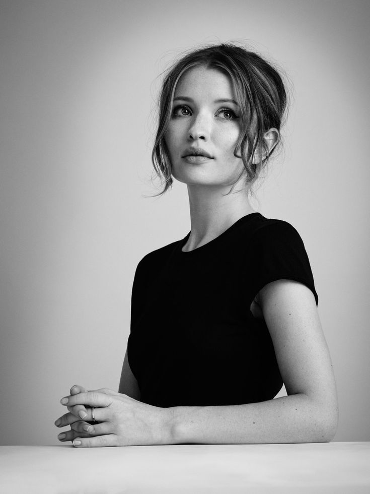 Emily Browning Short Hair Images