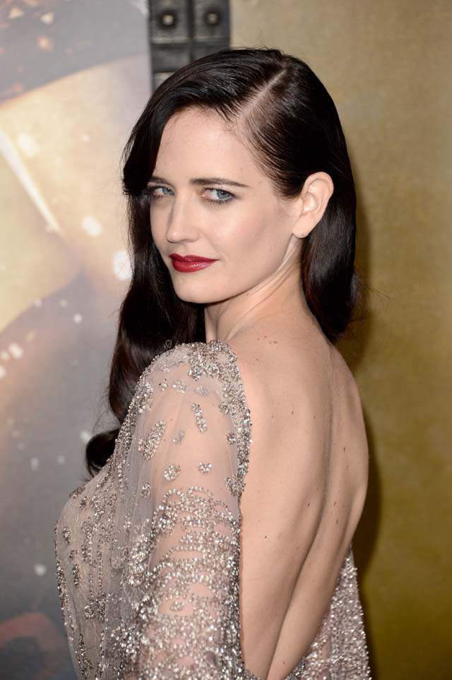 Eva Green Backless Sexy Pics