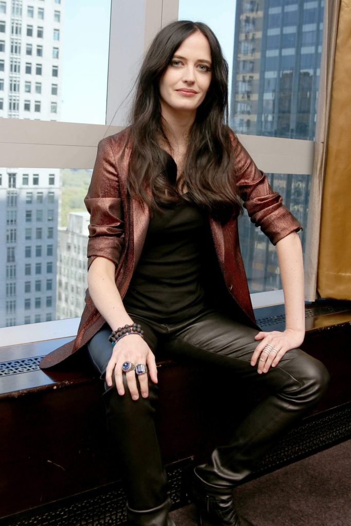 Eva Green Leggings Pictures