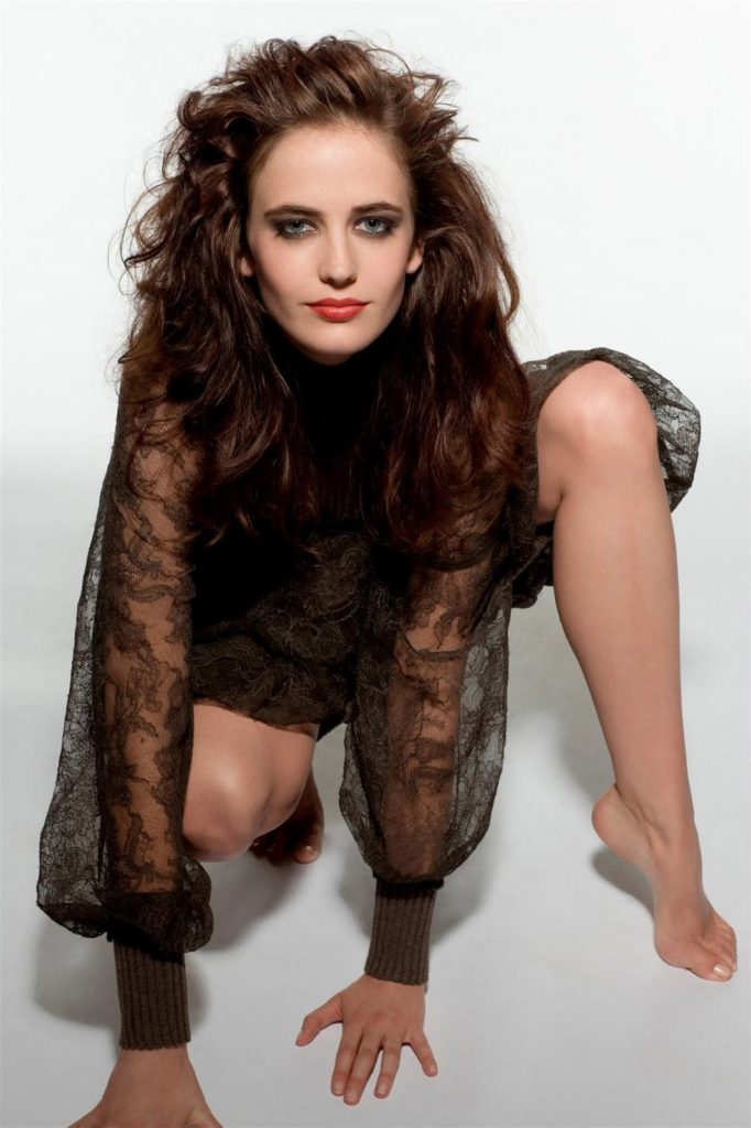 Eva Green Sexy Look Pics