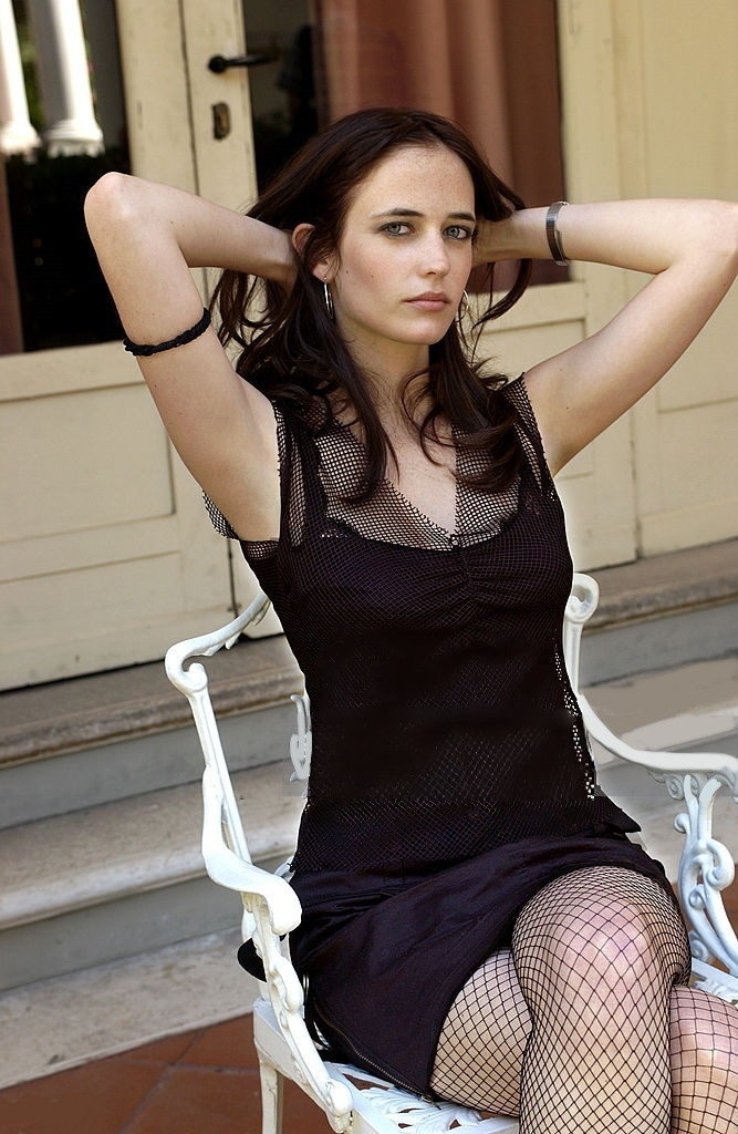 Eva Green Thigh Photos