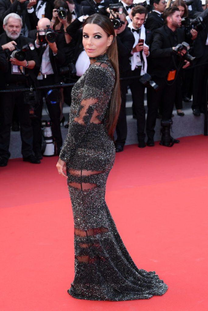 Eva Longoria Sexy Pose Pics