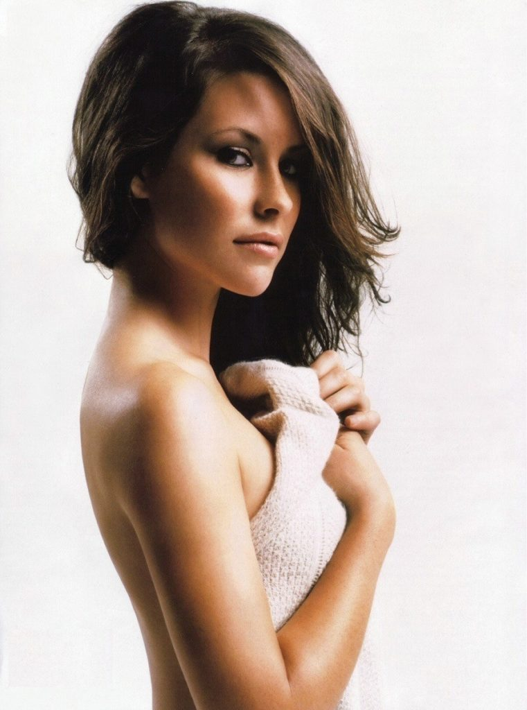 Evangeline Lilly Backless Images