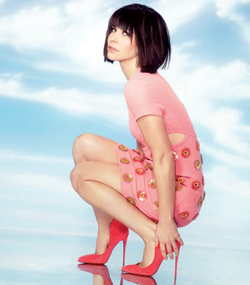 Evangeline Lilly High Heals Photos