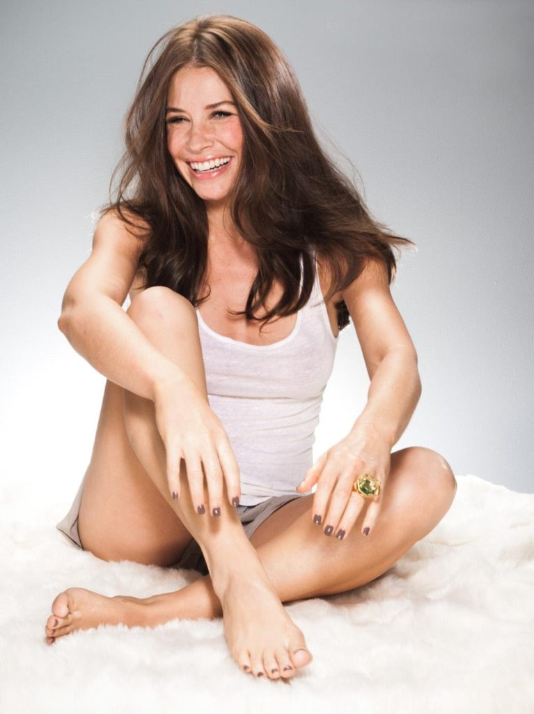 Evangeline Lilly Undergarments Wallpapers