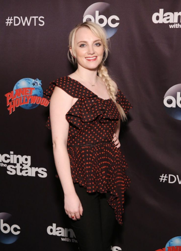 Evanna Lynch Images Gallery