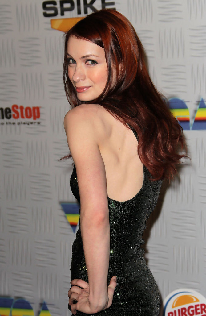 Felicia Day Backless Images