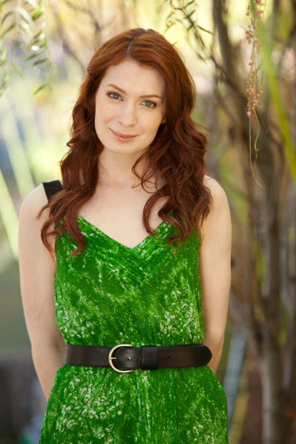 Felicia Day In Green Clothes Pics