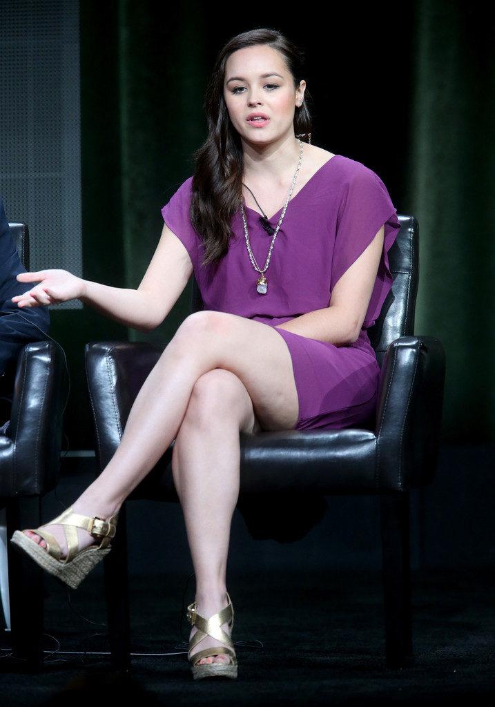 Hayley Orrantia Legs Images