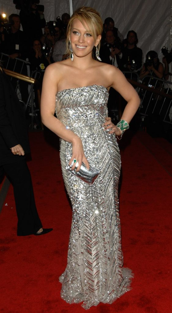 Hilary Duff Gown Wallpapers