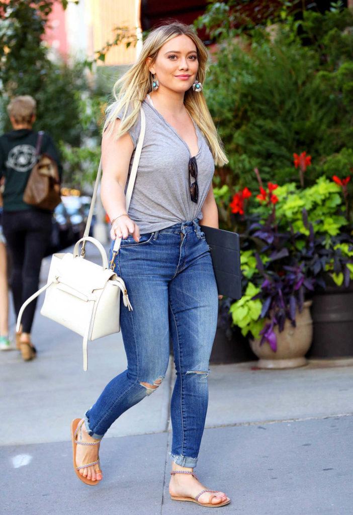 Hilary Duff Jeans Pics