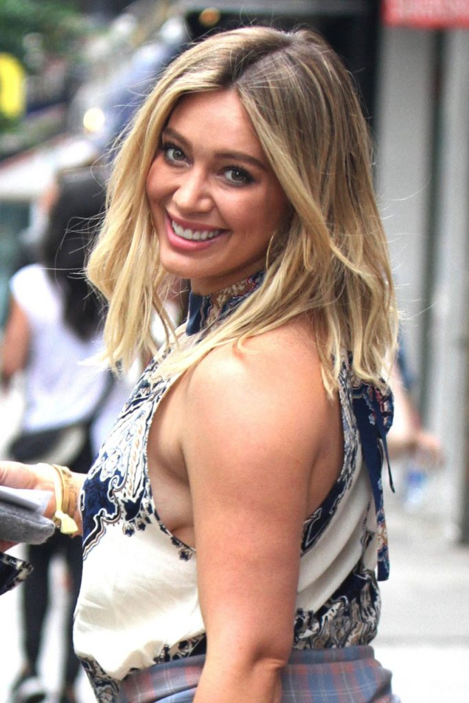 Hilary Duff Muscles Pics