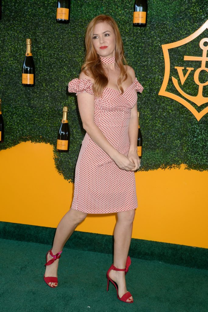 Isla Fisher High Heals Pics