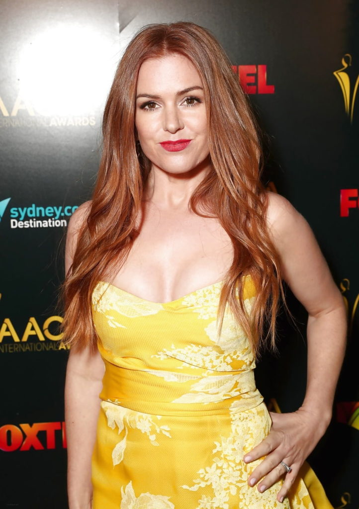 Isla Fisher Topless Pictures