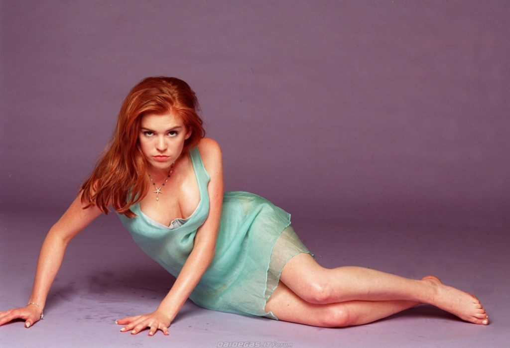 Isla Fisher Undergarments Photos