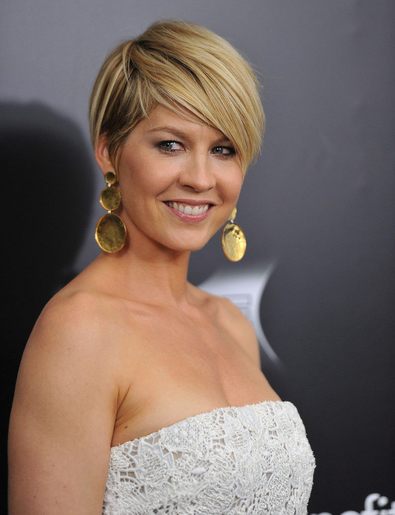 Jenna Elfman Cute Images